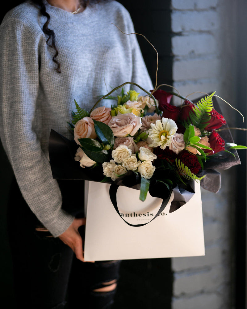 """Endless Love"" Flower Tote"