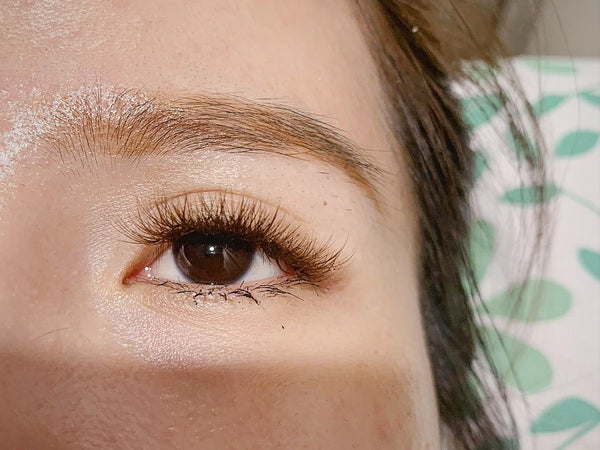 COLOUR LASHES - NOT YOUR TYPICAL LASH EXTENSIONS