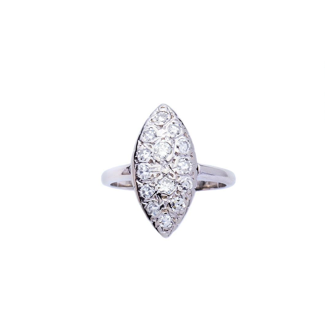 Ladies 18 Kt Marquise Shaped Vintage Fashion Cluster Diamond Ring