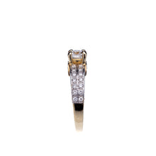 Load image into Gallery viewer, Beautiful Yellow Gold 1.18 CTW Diamond Engagement Ring