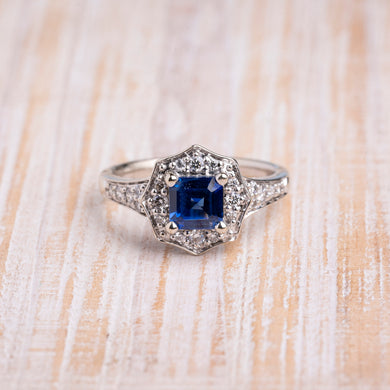 Vintage-Inspired Sapphire Diamond Ring
