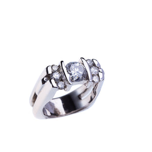 Beautiful Ladies Diamond Engagement or Fashion Ring