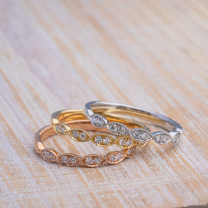 14kt Gold Elegant Diamond Wedding Bands