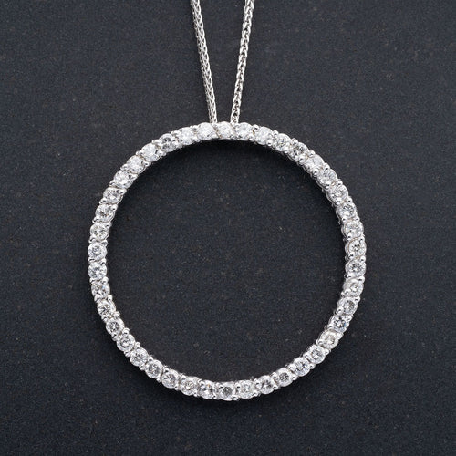 Diamond Circle Pendant 14kt Gold