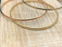 Load image into Gallery viewer, 14 Kt Solid Gold Bangle Bracelet