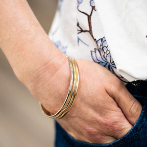14 Kt Solid Gold Bangle Bracelet