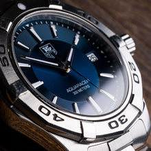 Load image into Gallery viewer, TAG Heuer Aquaracer Quartz