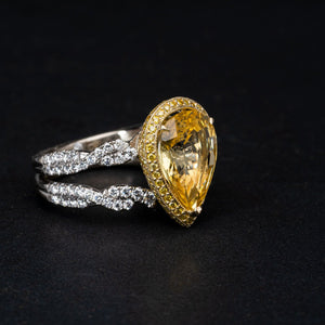 Glamorous 7CTW Yellow Sapphire Surrounded by 2CTW in Diamonds