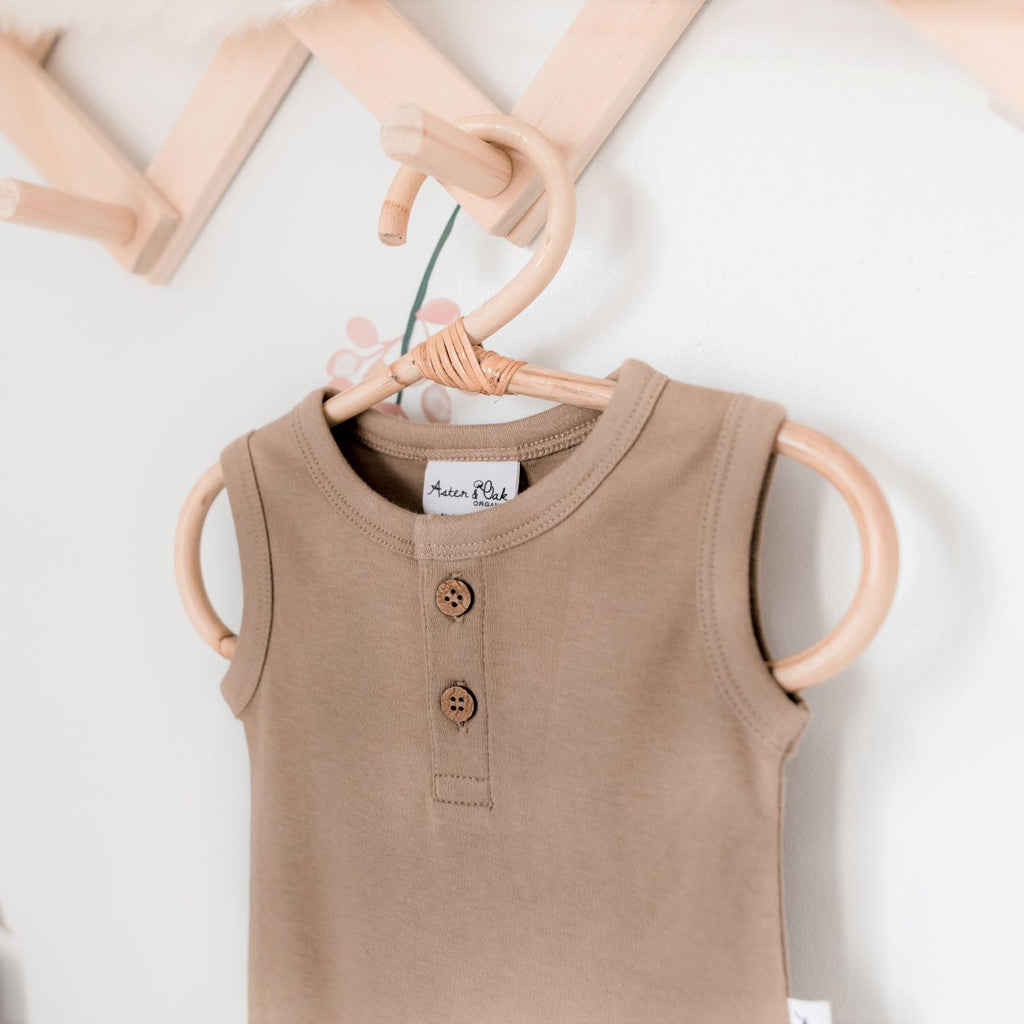 Aster & Oak Organic Cotton Baby Essentials Clay Singlet Onesie Close Up