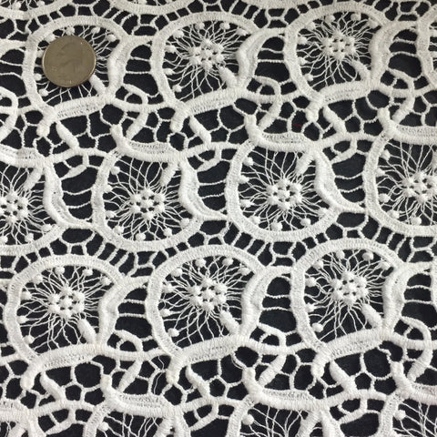 Round Geometric Cotton Lace White