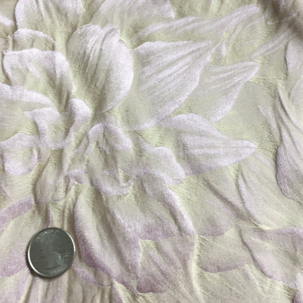 Silk Leaves Brocade Pearl Blush