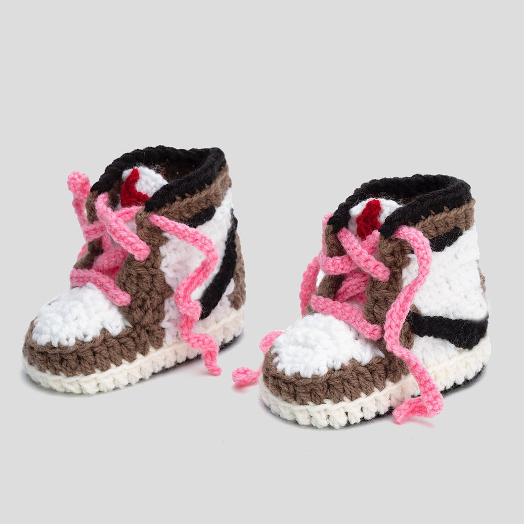 J-1 Crochet Baby Shoes Mocha