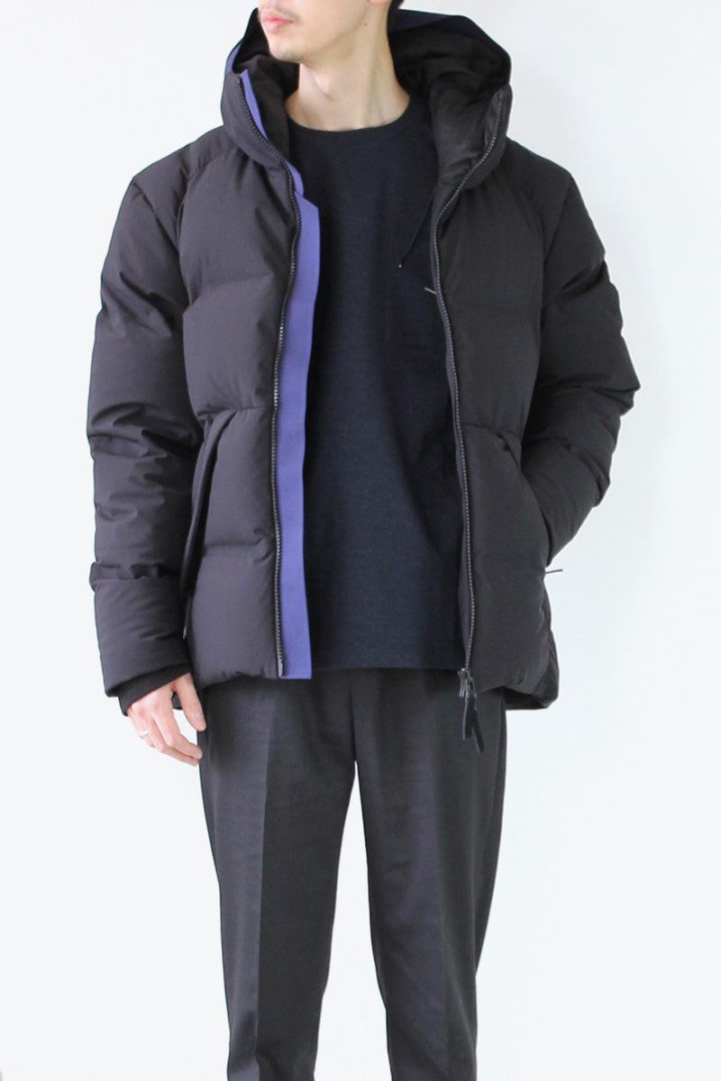 VOYAGER DOWN JACKET / MIDNIGHT [30%OFF]