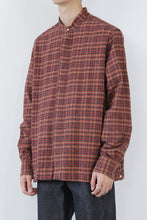 画像をギャラリービューアに読み込む, BAND COLLAR COTTON FLANNEL L/S SHIRT / RED/CHARCOAL  [STOCK EXCLUSIVE] [30%OFF]