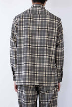 Load image into Gallery viewer, OVERSHIRT WOOL MIX CHECK / BLACK AND KHAKI [20%OFF]