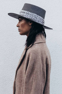 JANESSA LEONE NORA STRAW HAT w/SILK SCARF / GREY [70%OFF]