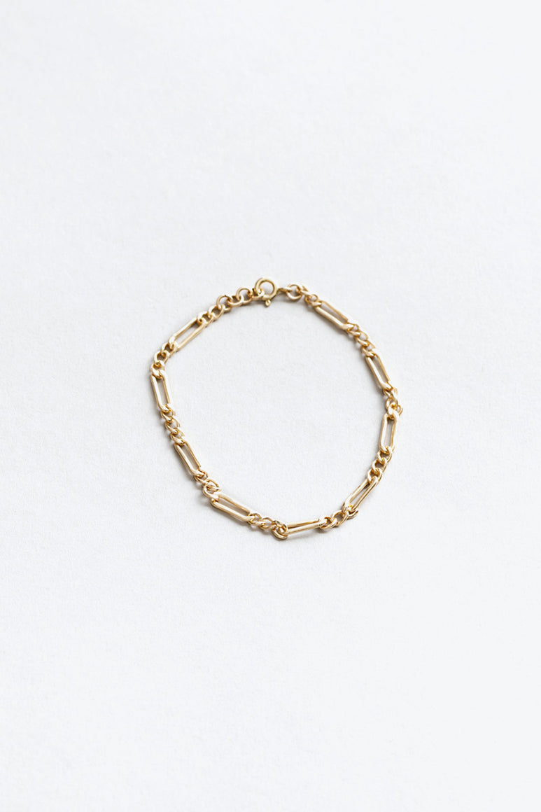 MILA CHAIN BRACELET / 14K GOLD FILED