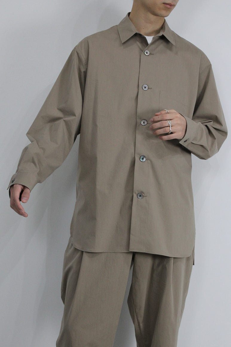 BIO STRETCH TYPEWRITER SHIRT / BEIGE