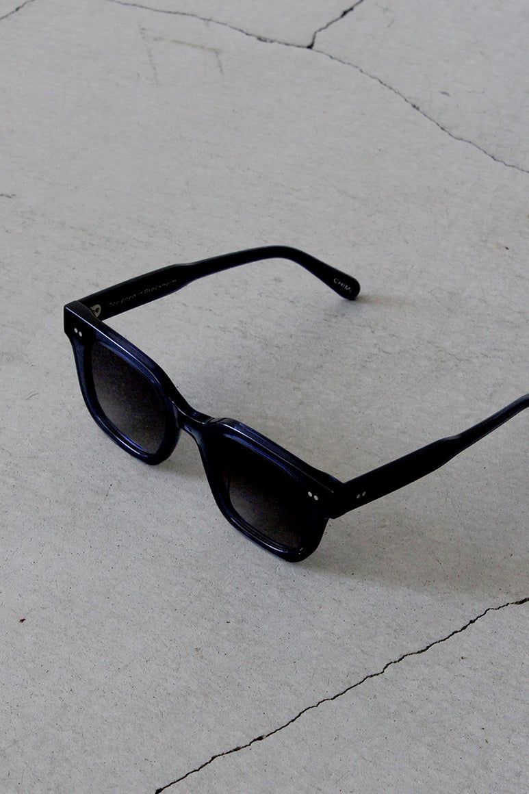02 ROUND SUNGLASSES / BLUE