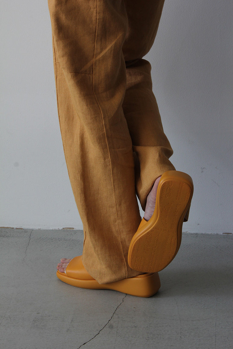 LOIS  LEATHER SANDALS / ORANGE