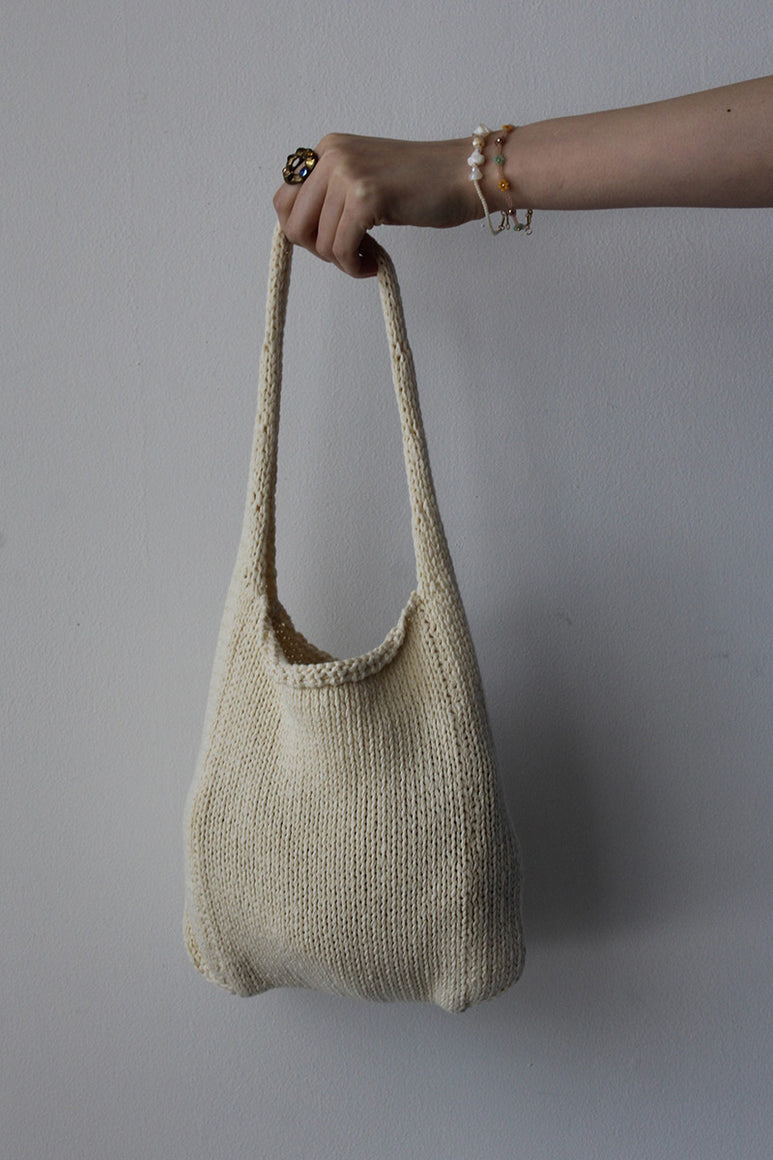 PIDGEY KNIT HAND BAG / ECRU
