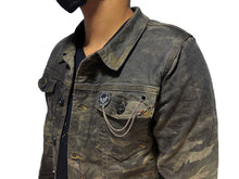 Load image into Gallery viewer, Camo Hunter Denim Jacket