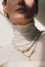 Load image into Gallery viewer, Baroque Pearl Choker