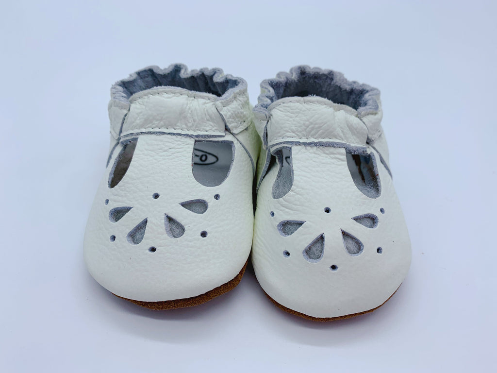 Little Secret Co - Baby Shoe Daisy - Cream