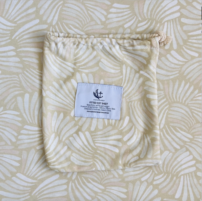 "Anchor & Arrow - ""Sandy Shell"" Cot Sheet"