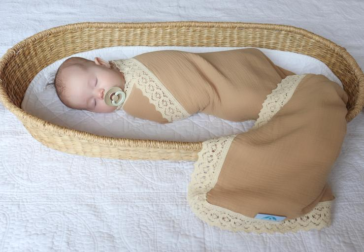 Kute Cuddles - Heirloom Swaddle - Hazelnut
