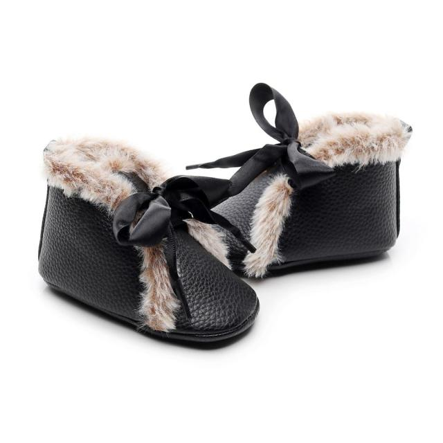 Fluffy Ribbon Boots | Black