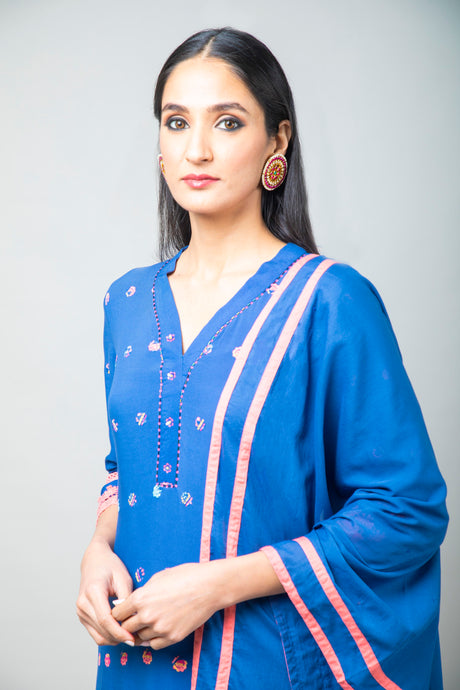 Electric blue printed embroidered kurta paired with pants and dupatta - Set of 3