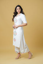 Load image into Gallery viewer, Straight Kurta Paired with a Palazzo - Set of 2