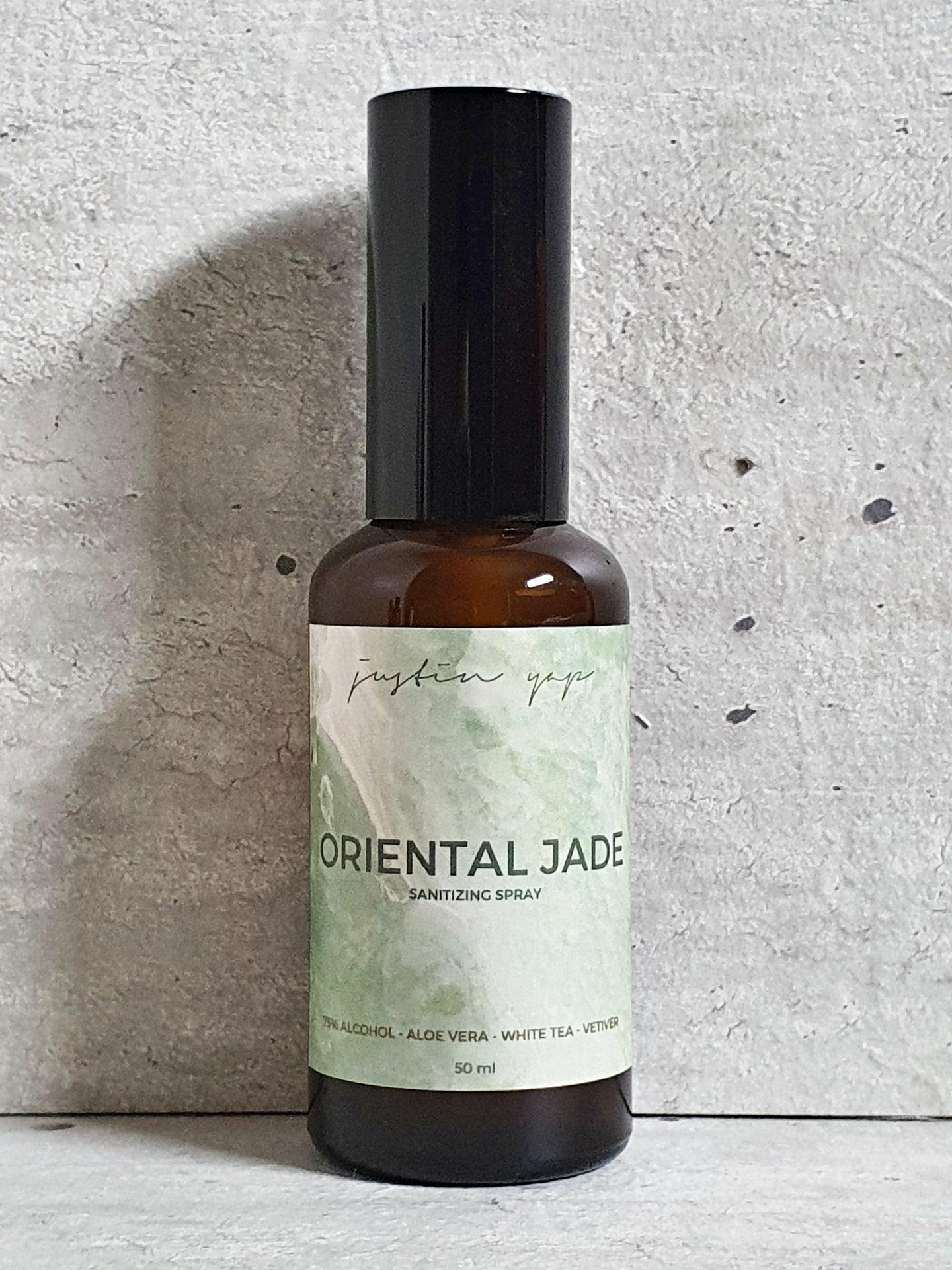 Oriental Jade Sanitizing Spray - White Tea / Vetiver