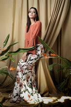Load image into Gallery viewer, Anemone Peach Kurung set