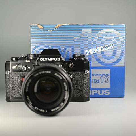 Olympus OM10 Black + Auto-zoom 35-105/3.5 Lens (With Box)