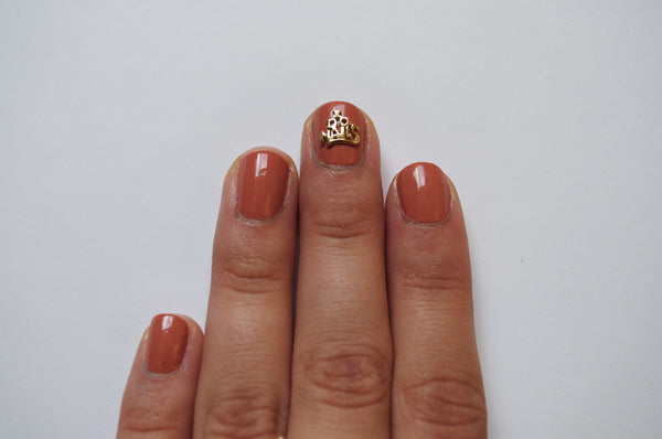 Large I Do Nails (2 pieces)