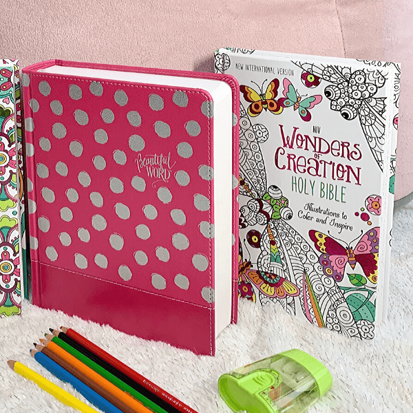 Beautiful Word NIV Coloring Bible for Girls