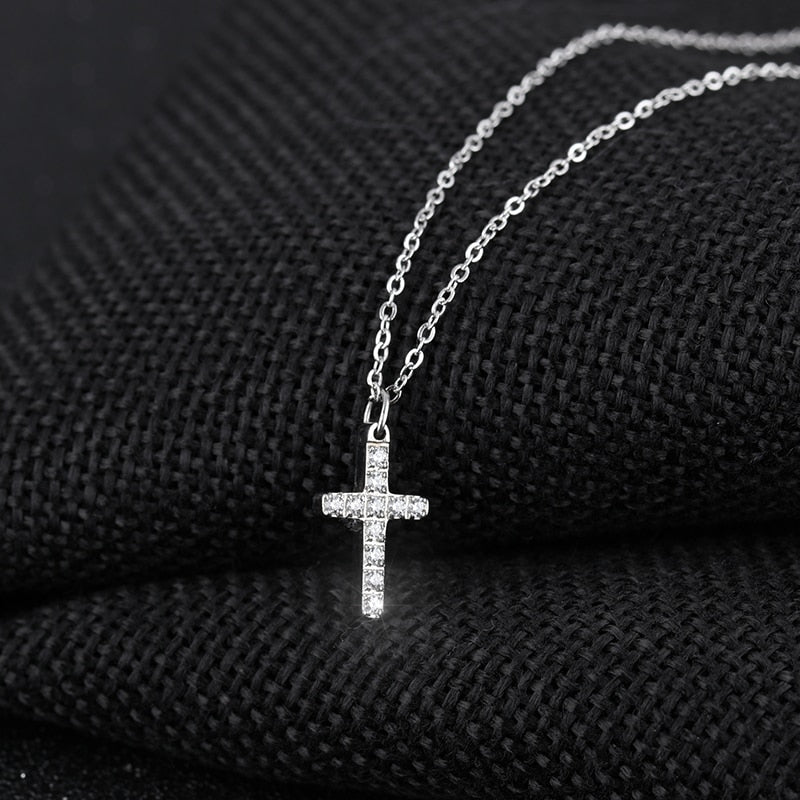 Simple Retro Cross Pendant Necklace - Jance Samantha Beauty & Fashion