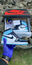 Load image into Gallery viewer, Air Jordan 1 WMNS Retro High OG UNC Patent (Blue Chill)