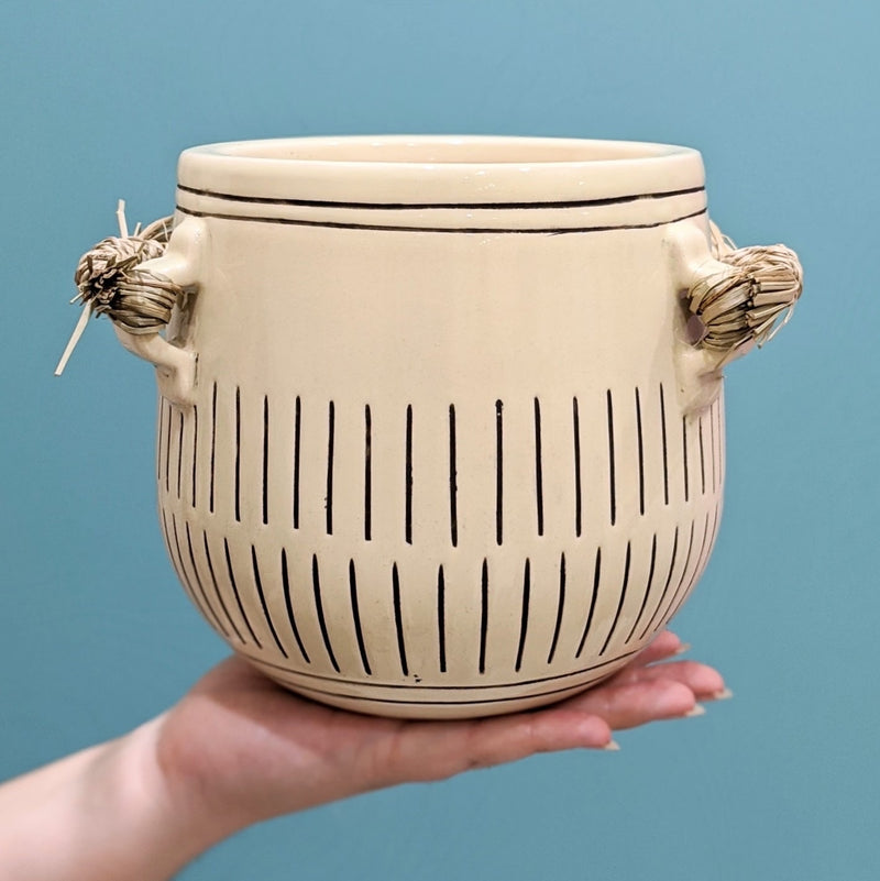 Makali Ceramic Pot - Natural/Black