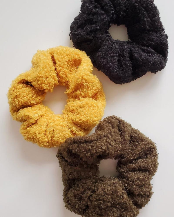 Teddy Scrunchie Fall