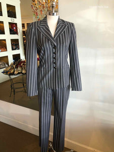 ESCADA V-Neck Pant Suit | 4 - Labels Luxury