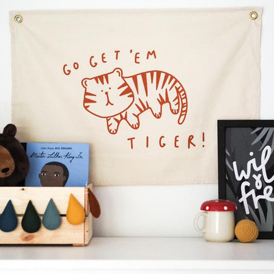 Kitty Makes Go Get 'Em Tiger Wall Flag