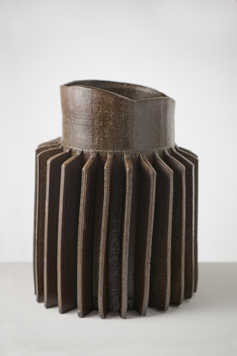 Pressed Sprocket vase | large