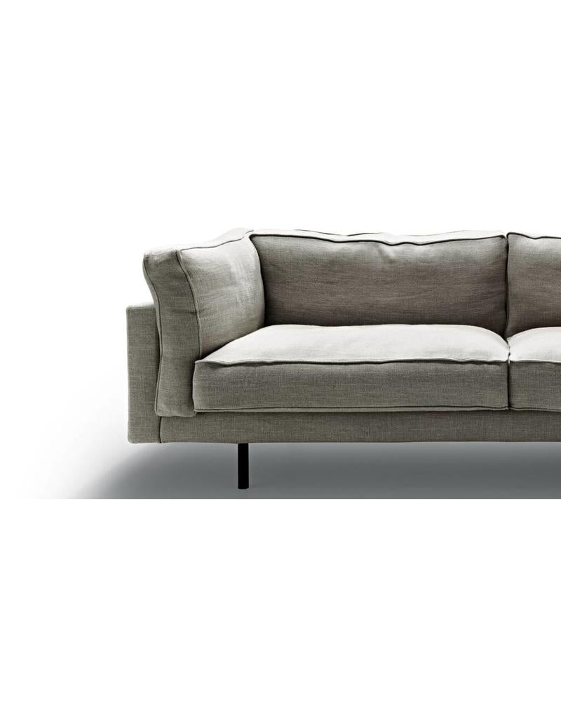square 16 leather | sofa