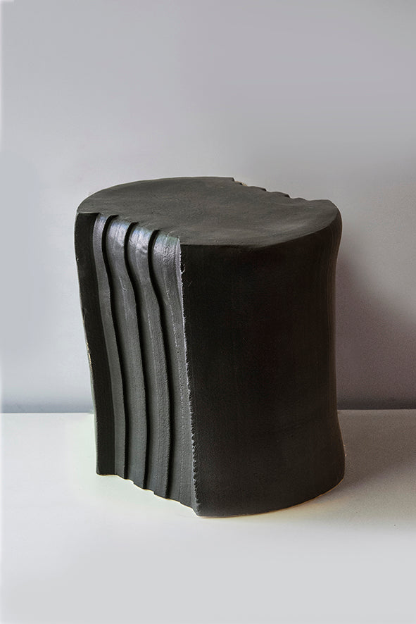 Pressed stool with glaze | model 4