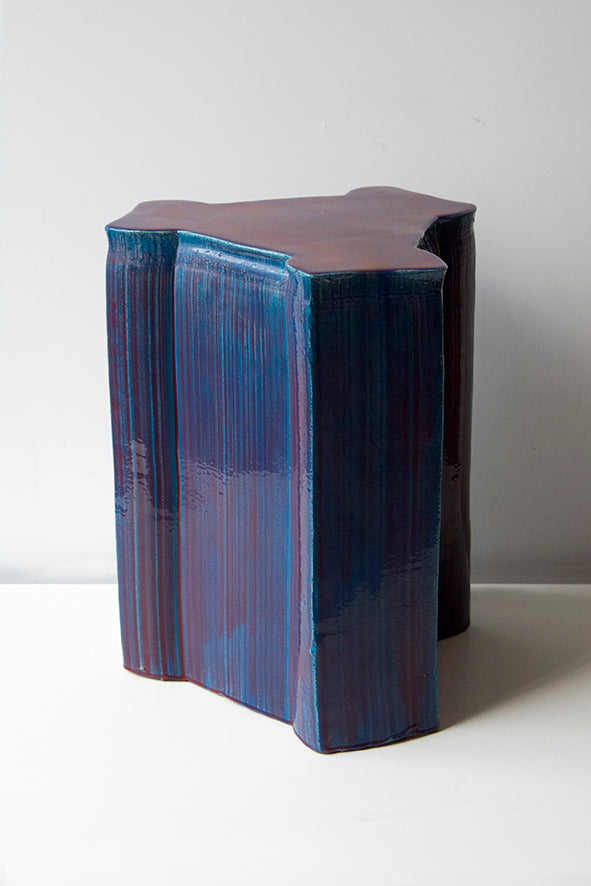 Pressed stool with resin | model 5
