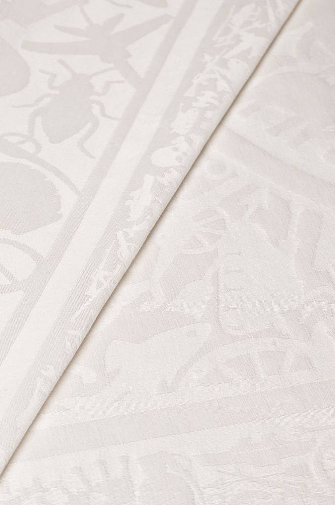 pantheon white | table cloth