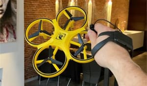 Hand Control Drone Anti-collision LED Gravity Sensing Firefly RC Hand Operate Quadcopter